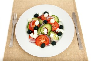 greek_salad_on_plate_191666_2